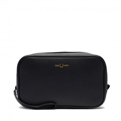 Fred Perry Leather Wash Bag...